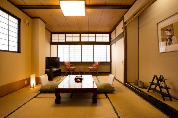 柿崎自動車学校 鵜の浜温泉 汐彩の湯 みかく 和室