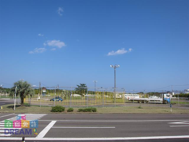 宮崎県最大級の教習コースが特徴的